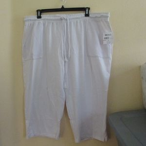 NWT - CORAL BAY white knit Capri pants - sz 3X